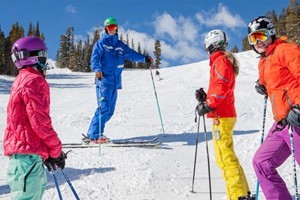 Breckenridge Ski Resort :: Hire a guide to show you all the best terrain at Breckenridge Ski Resort!