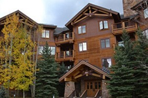 Ski Village Resorts: Vacation Packages :: Your connection to an extraordinary vacation in the Colorado Rockies. Properties in prime locations of all sizes, and activities planning too!