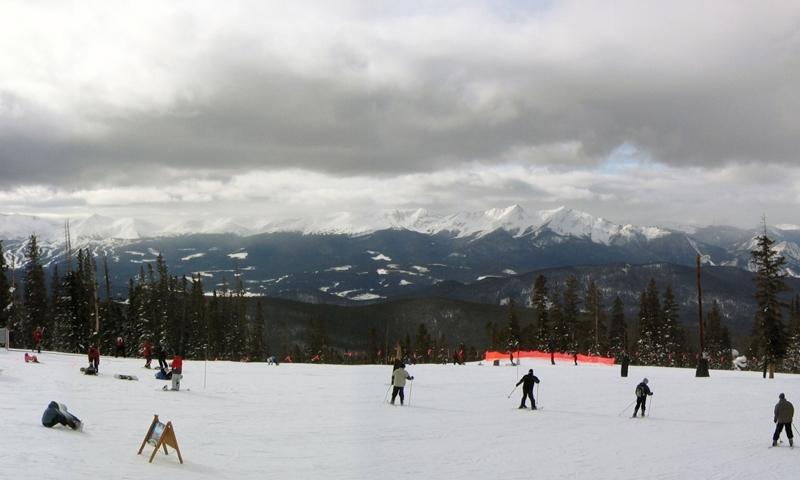 Skiing at Keystone